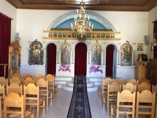Πέμπτη 28 Μαϊου, εορτή της Αναλήψεως του Σωτήρος Χριστού μας, πανηγυρίζει το Εκκλησάκι του Ενοριακού Κοιμητηρίου της πόλης μας.